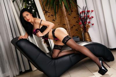 NicolleCheri's hot photo of Nainen – thumbnail